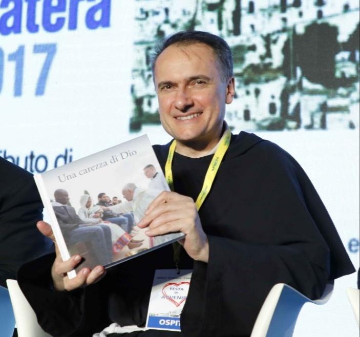 Padre Mauro Gambetti Cardinale, la gioia della cooperativa Auxilium