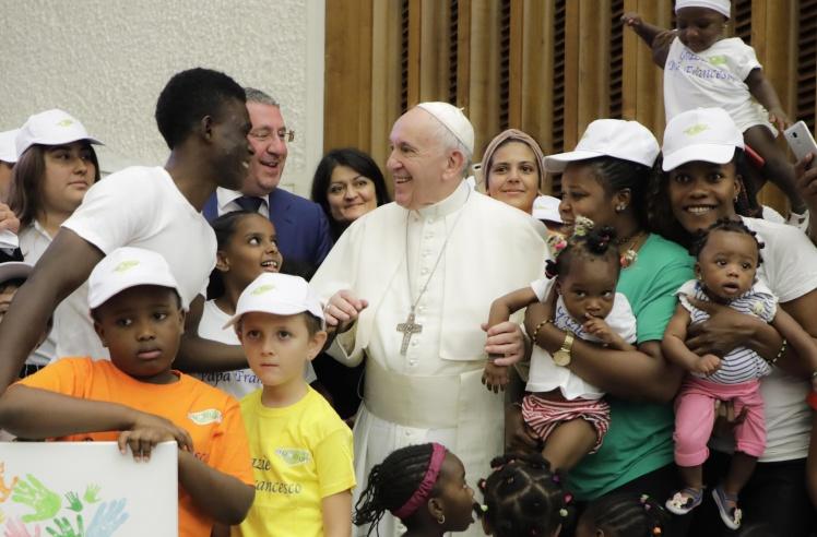 Papa Francesco con la Cooperativa Auxilium