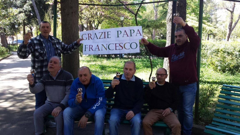 Il Papa festeggia il suo onomastico offrendo il gelato